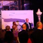 Adi Bezait Adunia canta l'inno di Israele